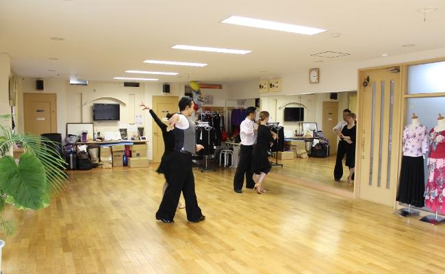 ダンススタジオ夏見